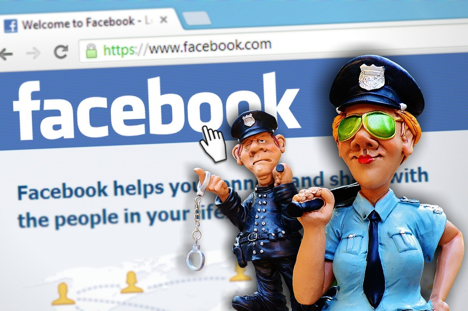 facebook controllo contenuti